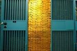 Kho vàng ngàn tấn bí ẩn sau cánh cửa sắt