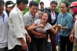 Tiếng khóc xé lòng trong đám tang 9 học sinh chết đuối ở Quảng Ngãi