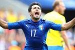 Vô hiệu hóa Ibra, Italia thắng Thụy Điển đúng chất 'bố già'