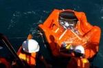 Thuyền trưởng tàu Hải Thành 26 ra biển tìm 9 thuyền viên mất tích