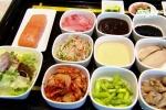 Cách làm bò salad kiểu Hàn và cá hồi sốt kiểu Nhật thơm ngon khó cưỡng