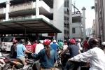 Náo loạn tại bãi gửi xe bệnh viện lớn nhất miền Bắc sau 'lệnh cấm'