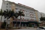 Bác sĩ bệnh viện Nhi phẫu thuật 'chui', khoe 'được 3 bát, tha hồ về rán'