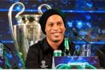 Ronaldinho ngỏ lời yêu Việt Nam, tin Barca sẽ làm nên điều kỳ diệu