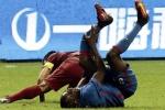 Từ mất phong độ, chấn thương nặng đến đột tử: Sao bóng đá đen đủ đường ở Trung Quốc