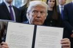 Tổng thống Trump sắp ra sắc lệnh mới, dân nhập cư thấp thỏm