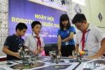 """Hơn 200 """"kỹ sư robot"""" nhí tranh tài trong ngày hội Robothon 2016"""