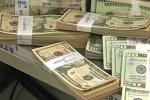 Giải mã giá USD ngân hàng tăng bất thường, đắt hơn 'chợ đen'
