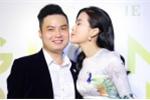 Mỹ nhân sexy Cao Thái Hà chu môi hôn 'trai lạ' trong sự kiện