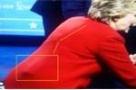 Bùng nổ nghi vấn Hillary Clinton đeo 'máy chống ho' khi tranh luận với Donald Trump