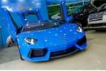 Ngắm Lamborghini Aventador màu xanh cực độc mới về Việt Nam