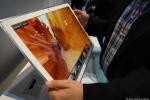 Panasonic ra mắt 'sát thủ' iPad khổng lồ 20 inch