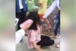 Phẫn nộ clip nhóm nữ sinh Hải Phòng đánh đập, cắt áo bạn rồi cười hả hê