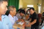 Vinamilk trực tiếp đi cứu trợ người dân vùng lũ Hà Tĩnh, Quảng Bình và ủng hộ 2 tỷ đồng tiền mặt
