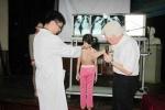 Chuyên gia hàng đầu thế giới tới Việt Nam phẫu thuật cột sống