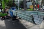 Xe ba gác tái xuất, nghênh ngang lê 'máy chém' gây họa cho người đi đường