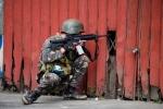 Binh sĩ Philippines chật vật trong cuộc chiến đô thị với khủng bố Maute