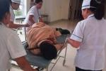 CSGT Hà Tĩnh bị hất văng khi bám kính xe đầu kéo container: Nhân chứng bàng hoàng kể lại