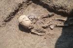 Phát hiện mộ 'người ngoài hành tinh' ở Crưm