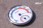 Clip: Hà Nội nóng như chảo lửa, nhiệt độ ngoài trời gần 60 độ C