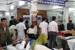 Phòng hồi sức không còn chỗ trống vì tai nạn giao thông ngày Tết