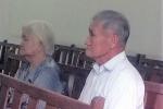 Vợ chồng già trong phiên tòa xét xử con rể 'ngoại' sát hại vợ dã man