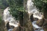 Video: Kỳ lạ con suối 2 dòng trong đục ở Sapa thu hút hàng ngàn du khách tham quan