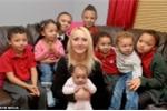 Chân dung bà mẹ 8 con 'thất nghiệp vì quá quyến rũ'