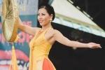 Chọn áo tứ thân, Nguyễn Thị Loan được vinh danh tại Hoa hậu hoà bình quốc tế 2016