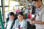 Phụ nữ TP.HCM được miễn phí đi xe buýt ngày 8/3