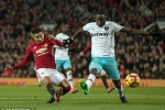 Mourinho bị đuổi khỏi sân, Man Utd lại hòa trên thế thắng