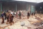 60 cảnh sát chữa cháy căng mình dập lửa cơ sở sản xuất nhang ở Gia Lai