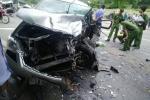 Hai xe ô tô đối đầu, 9 người nhập viện: Việt kiều Mỹ thiệt mạng