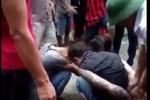 Video: 3 đối tượng xâm phạm mồ mả trái phép lấy vàng bị người dân vây bắt ở Hải Dương