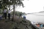 Thi thể nam thanh niên nổi trên sông Sài Gòn