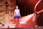 Con gái 12 tuổi của Chân Tử Đan xinh như hoa hậu trên sân khấu - 7