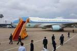 Cận cảnh chuyên cơ Air Force One chở Tổng thống Obama đáp xuống sân bay Tân Sơn Nhất