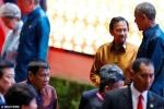 Ông Obama nói gì với Tổng thống Philippines trong 2 phút gặp mặt?