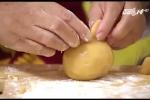 Làm bánh hình con vật dễ thương cho trẻ đón Tết Trung thu