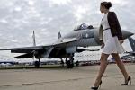Nga lần đầu huấn luyện nữ phi công quân sự