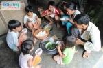 """Cặp vợ chồng """"siêu đẻ"""" ở Quảng Nam: 26 năm sinh 15 đứa con"""