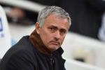 Bão tố tháng Ba cho Man Utd: Mourinho tính có bằng trời tính?