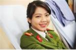 Nữ chiến sĩ trẻ rạng rỡ trong ngày hội hiến máu