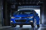 Chevrolet Cruze 2017 bản diesel chốt giá 557 triệu đồng