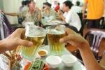 Một người Việt uống 42 lít bia mỗi năm, doanh nghiệp đua giành 'mỏ vàng'