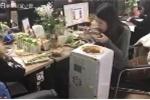 Choáng váng clip nữ công sở nấu lẩu trong văn phòng bằng bình lọc nước