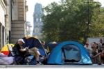 Fan toàn cầu dựng lều, xếp hàng chờ mua iPhone 7
