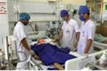 Tin mới vụ xe khách tông nát đầu, la liệt người bị thương