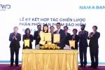 FWD ký kết hợp tác độc quyền phân phối bảo hiểm qua ngân hàng thời hạn 15 năm với Nam A Bank