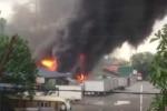 Cháy lớn gần cây xăng ở Hà Nội, khói đen kín trời